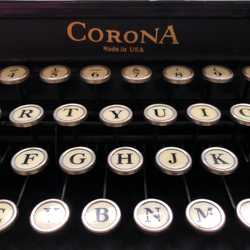 Characterful Classic Vintage 1920/1930s Portable Black Corona Typewriter With Attached Case