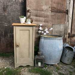 French Grey Country Farmhouse Style Oak Vintage Bedside Cabinet / Side Table