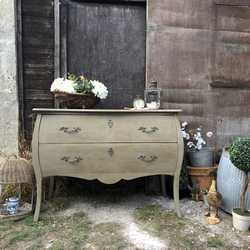 Gorgeous Large Grey Painted French Country Bombe Style Vintage Chest of Drawers
