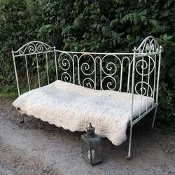 Gorgeous Vintage French Country White Metal Folding Day Bed on Caster Wheels
