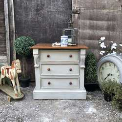 Grey Painted Country Farmhouse Style Vintage Bedside Table Chest of Drawers Seat