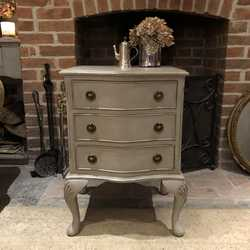 Grey Painted Vintage Serpentine Country Chic Bedside Table / Cabinet / Chest of Drawers