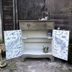 Gustavian Country Style Grey Hand Painted Serpentine Vintage Cabinet Blue White Toile