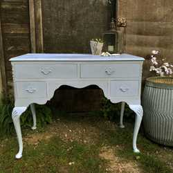 Light Blue Painted Pretty Vintage 4 Drawer Dressing Table / Desk / Cabriole Legs