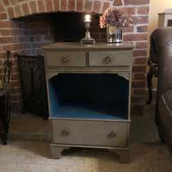 Vintage Grey Hand Painted Hall Cabinet / Side Cabinet / Bedside Table 3 Drawers