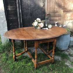 Vintage Oak Country Farmhouse Gate Leg Kitchen Table / Side Table / Dining Table