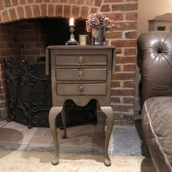 Grey Hand Painted Antique Country Style 3 Drawers Bedside Table / Side Cabinet