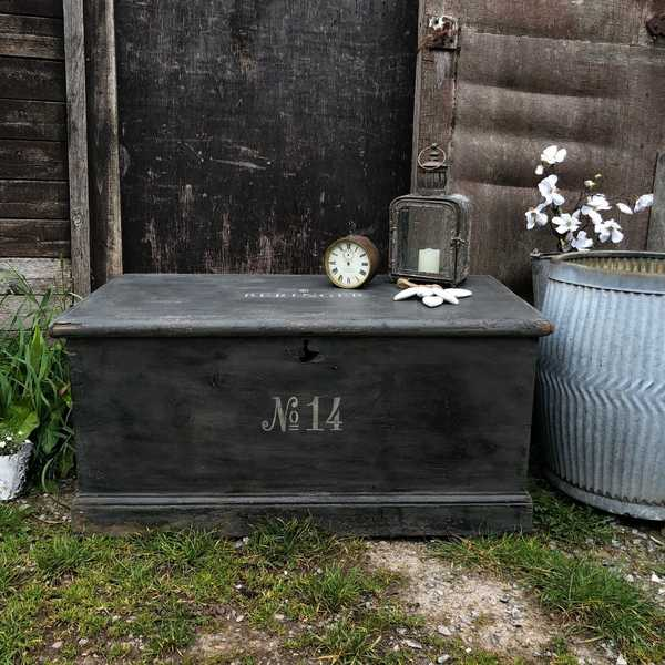 Charming Rustic Antique Vintage Country Farmhouse Black Carpenter's Pine Trunk