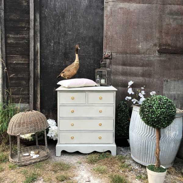 Sweet Rustic Country Brocante Light Grey Vintage Chest of Drawers / Bedside Table