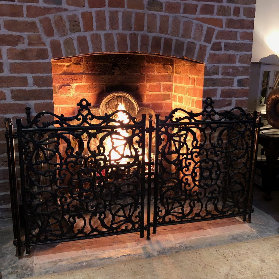 Gorgeous Country Large Black Metal Ornate Folding Fire Screen Fire ...