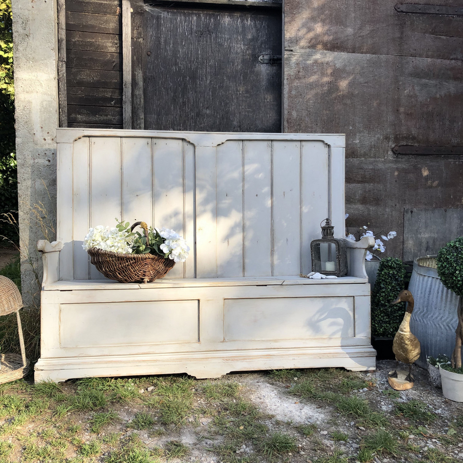 Phenomenal Grey Hand Painted Country Farmhouse Rustic Patina Vintage Pine Settle Bench Storage Evergreenethics Interior Chair Design Evergreenethicsorg